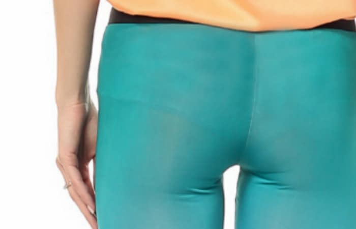 why-do-leggings-always-show-my-underwear-fea