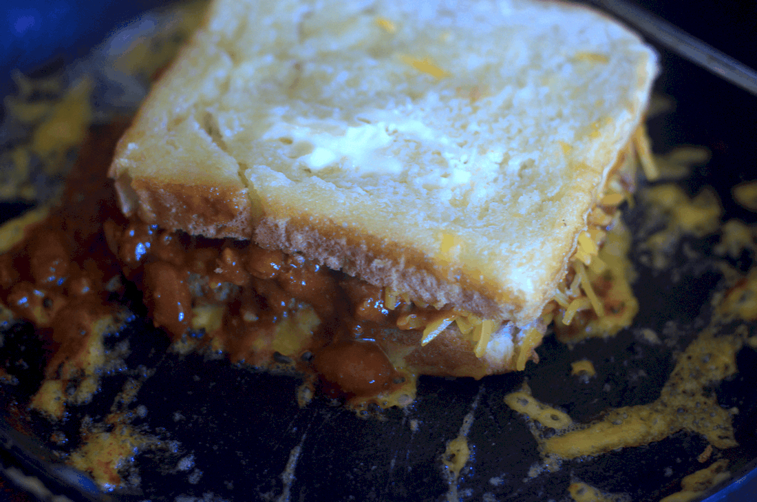Chili Cheese Grilled Cheese Sandwich