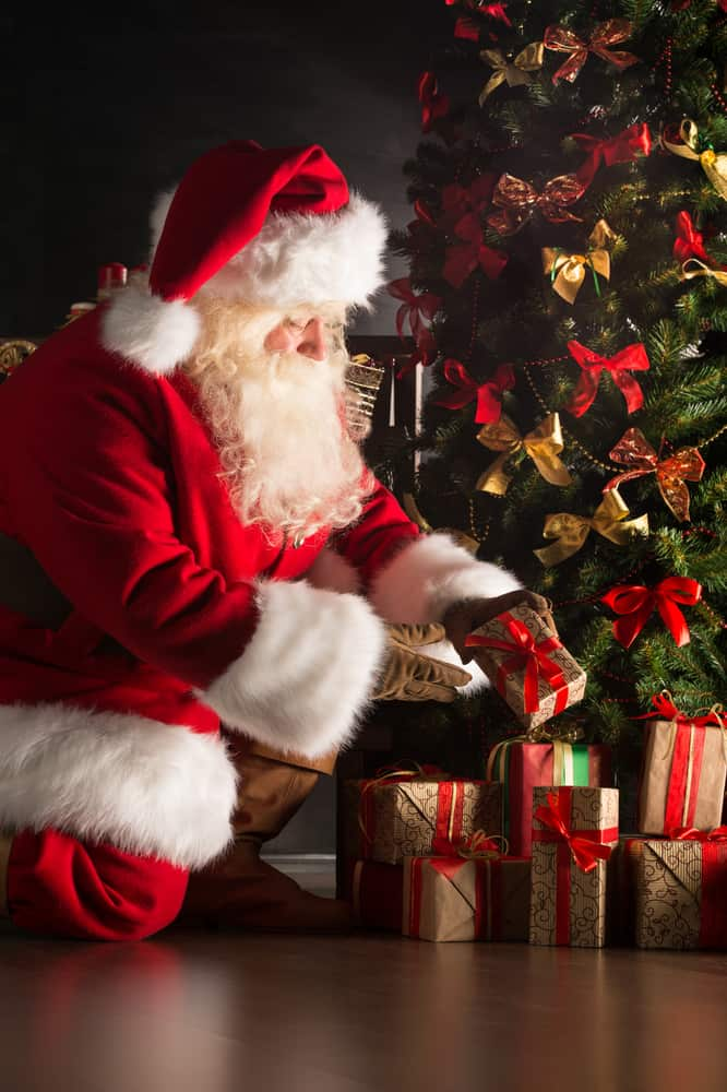 Why You Should Tell Your Kids Santa Is Real