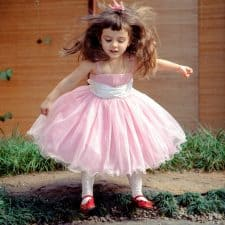 5 Tips to Teach Your Daughter to Balance Being a Princess and a Scientist