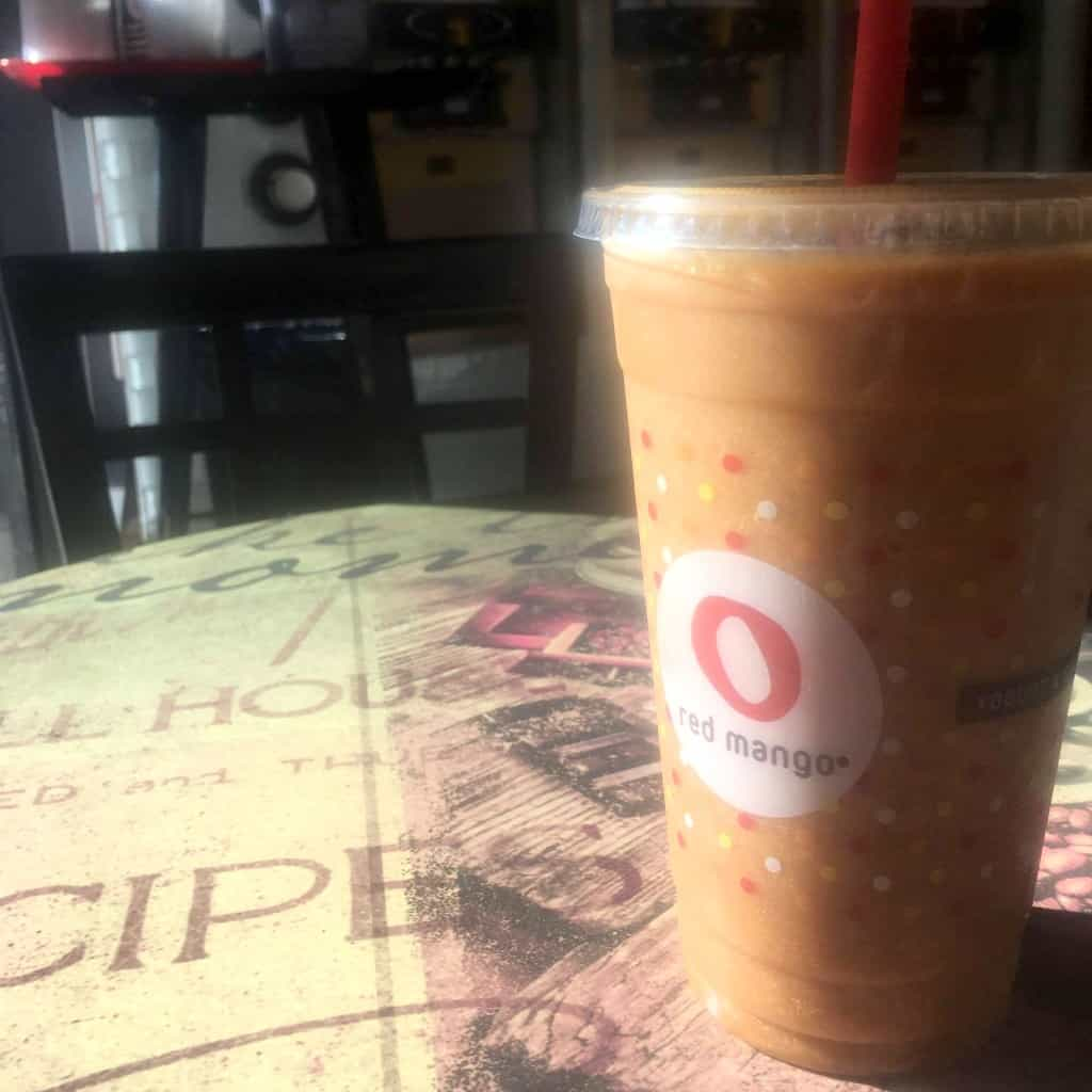 OMG! You've GOT to try these all-natural Vega & gluten free fall smoothies from Red Mango!!