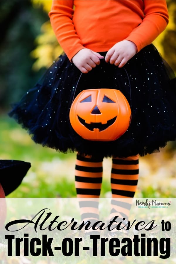 Traditional door to door trick-or-treating may not be a good fit for your family (it's not for mine, that's for sure), you can find a great alternatives to trick-or-treating if you keep an open mind and do a little digging. These5 Alternatives to Trick-or-Treating are great ideas to get you started thinking! #nerdymammablog #halloween #trickortreating