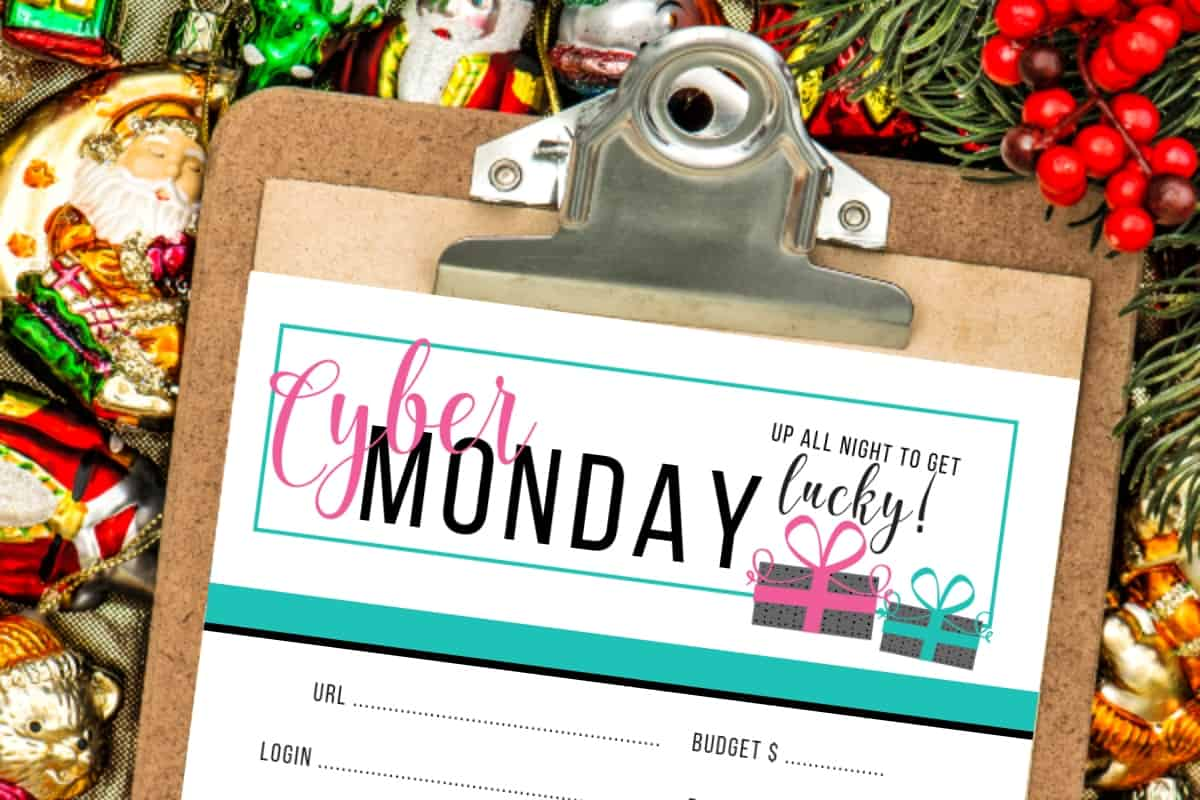 The sales on Cyber Monday can be ridiculously good--and you can be tempted to buy all the things. But, I want to be more organized this year--and not miss out on any deals. So I made this Free Printable Cyber Monday Planner because I need to get this organized! #nerdymammablog #cybermonday
