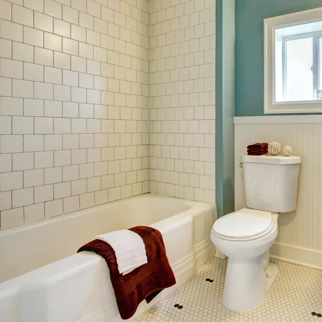 Sometimes, you just need a little extra something to relax. This is How to Make Your Bathroom Feel Like a Spa to set the atmosphere. #nerdymammablog #diy #howto