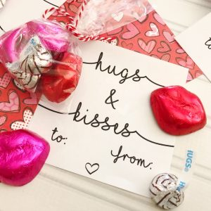 Hugs & Kisses Free Printable Valentines Cards
