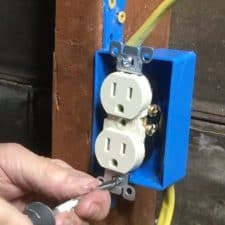 How to Install Electricity in a Workshop (in one weekend)
