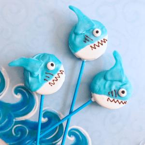 Shark Oreo Pops