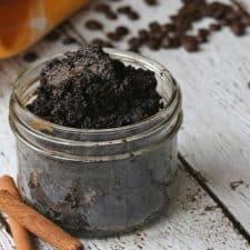 Easy DIY Cinnamon Coffee Body Scrub