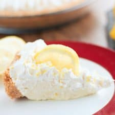Simple No-Bake Lemonade Pie
