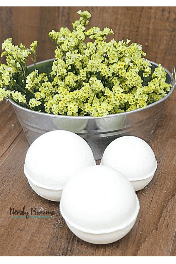 DIY Fresh Avocado Bath Bombs
