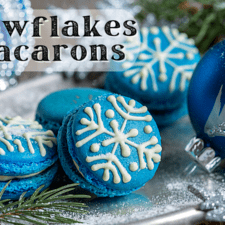 Snowflake Macaron Cookies – Easy French Macaron Cookies